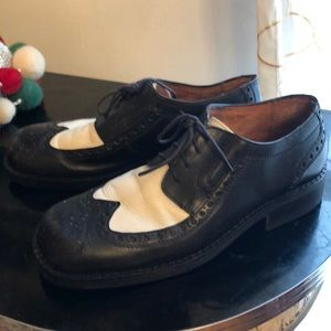 Kenneth Cole black & white 2 tone spectator shoes